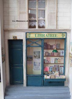 Librairie miniature 1/12ème. Facebook les miniatures de Mathilde
