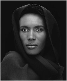 This is a stunning image. Robert-Mapplethorpe captures the incredible beautify of Grace Jones 1988