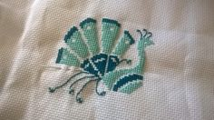 paw, peacock, haft, haft krzyzykowy, cross stitch, Durene Jones