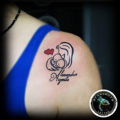 Φοβερη επιλογη τατουαζ για την σχεση μητρας-παιδιου..by Acanomuta tattoo studio..