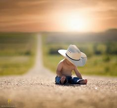 New Ideas For New Born Baby Photography : Man on the road 1st Boy Birthday, Cowboy Pictures, Western Baby Pictures, Baby Boy Photos, Newborn Pictures, Toddler Photography, Newborn Photography, Portrait Photography, 6 Month Pictures