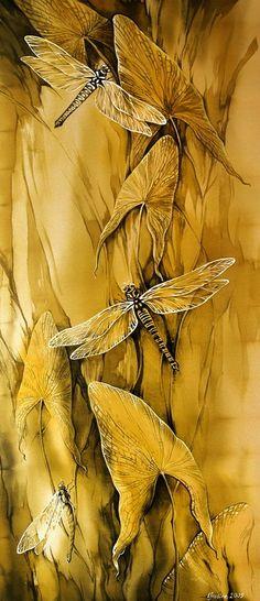 'Dragonfly' Batik - by Russian artist Maria Kaminska Dragonfly Art, Dragonfly Painting, Wow Art, Monochrom, Shades Of Yellow, Mellow Yellow, Mustard Yellow, Silk Painting, Illustration Art