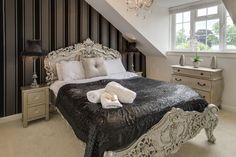 The very glamorous looking bedroom at Goshen Cottage, in Kelso.