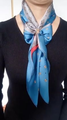 Ways To Tie Scarves, Ways To Wear A Scarf, How To Wear Scarves, Scarf Wearing Styles, Scarf Styles, Scarf Knots, Diy Scarf, Fashion Scarves, Fashion Outfits