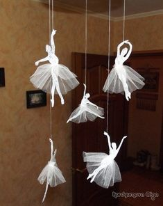 How to make a ballerina from paper with your own hands. Cutting a ballerina from paper on a pattern DIY White Christmas Decorations for the Home Diy Home Crafts, Diy Arts And Crafts, Creative Crafts, Fun Crafts, Crafts For Kids, Simple Crafts, Kids Diy, Diy Paper, Paper Crafting