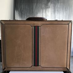 03a162e37b8b Vintage GUCCI Italy Hard Sided Italy Vintage Brown Briefcase Attache Bag  Mens   eBay