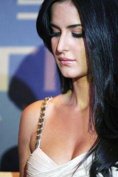 Bollywood Actresss Katrina Kaif Latest Stunning Pics