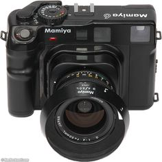 The Mamiya 6 system, introduced in May is a 6 x square) rangefinder camera taking 120 and 220 film with three interchangeable lenses of and Rangefinder Camera, Leica Camera, Camera Gear, Film Camera, Camera Hacks, Antique Cameras, Old Cameras, Vintage Cameras, Canon Cameras