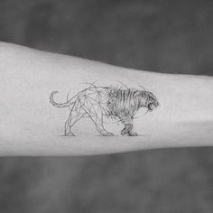 "1,064 Likes, 6 Comments - Bang Bang Tattoo (@bangbangnyc) on Instagram: ""@mr.k_tattoo 🐅"""