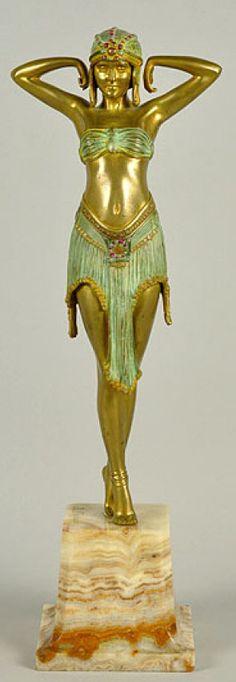 Demetre Chiparus - Art Déco - Sculpture 'Scarabée'