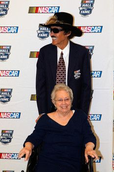 Lynda Petty, wife of NASCAR champion and Hall of Famer Richard Petty, dies at 72