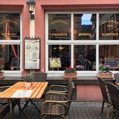 Restaurant Eatery