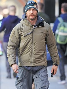 "November 2, 2014 - Tom Hardy in downtown Vancouver, where he's filming ""The Revenant"""