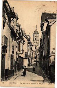 RENNES - La rue Saint Mélaine et l'église