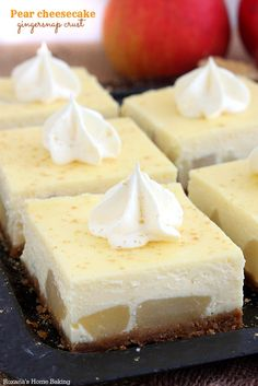 Soft pears, perfectly smooth and rich filling and a crust made from gingersnap cookies, this pear cheesecake is a fabulous dessert to enjoy ...