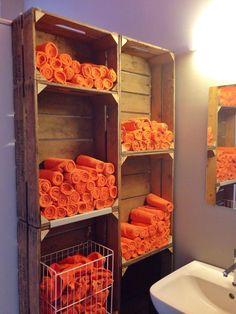 Jools - Hamburg, Deutschland. Handtücher auf der Toilette