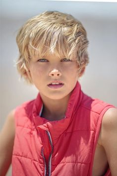 A photo uploaded by Jordy C - Actor, Extra and Model based in Queensland, Australia (Photo Cute 13 Year Old Boys, Young Cute Boys, Cute Teenage Boys, Boy Haircuts Long, Toddler Haircuts, Boy Hairstyles, Blonde Jungs, Handsome Kids, Cute Blonde Boys