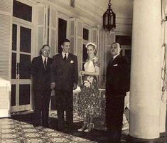 EVITA President Of Argentina, Queen, Girl Power, History, Couple Photos, Lady, Artworks, Pictures, Icons