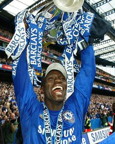 Happy birthday to Claude Makelele! by chelseafc Fc Chelsea, Revolution, Cool Pictures, Happy Birthday, Instagram Posts, Blue, Happy Anniversary, Happy Brithday, Urari La Multi Ani