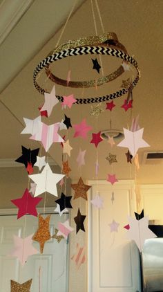 Project Nursery - DIY Star Mobile