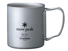 保温性に優れたダブルウォールのカップ。フィールドで飲む温かいコーヒーは格別です。