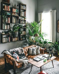 beautiful living room inspiration | plant love | wooden vibes | interior inspiration | Fitz & Huxley | www.fitzandhuxley.com Apartment Design, Bohemian Living Rooms, Living Room Decor, Eclectic Decor, Front Rooms, Interior Styling, Casa Ideal, House Rooms, Home Decor Inspiration