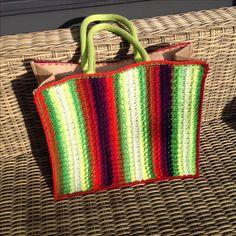 Naar het idee AH shop tas, nu De Tuinen tas met Fenna omhaakt