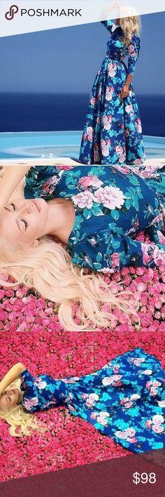 Unique eye candy dress Material:Polyester Fabric:Fabric has stretch. Bust (cm):S:94cm Length (cm ):S:145cm Shoulder (cm):S:37cm Waist (cm):S:76cm Dresses
