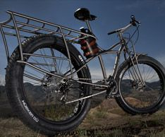 Tumbler fat bike with growler holster #fatbike #bicycle