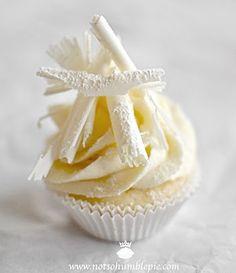 White Christmas Cupcakes - white chocolate cream cheese frosting.