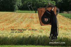 recyclage : bijou fantaisie en olivier, cuir et métal, art singulier par amabati