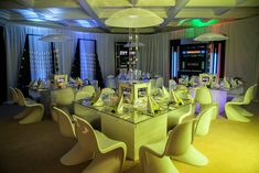 <p> In Miami, the dinner tables at a <em>Star Trek</em>-theme vintner dinner—one of 17 celebrity chef-helmed events at private homes...