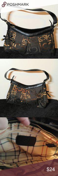 Pretty Gold and Black Liz Claiborne Purse Liz Claiborne Purse- 13 X 7 with a 6 in drop Liz Claiborne Bags
