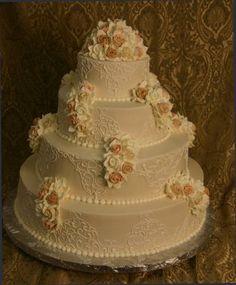 Pinterest has taught me that I love these champagne cakes – they're so elegant! (Konditor Meister Elegant Wedding Cakes)