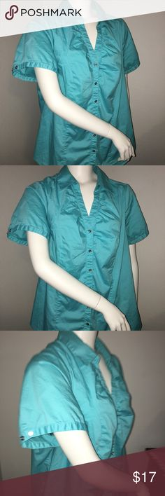 """Womens green lane bryant Ss button up/down sz: 18 Thank you for viewing my listing, for sale is a women's, Lane Bryant, green, button up/down, short sleeve, dress shirt.  Shirt is in excellent condition with no rips or stains. If you have any questions or would like additional photos please feel free to ask.  Sz: 18  From under one arm to under the other measures appx 23"""" from the top of the shoulder to the bottom of the shirt measures appx 26"""" Lane Bryant Tops Button Down Shirts"""