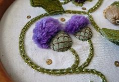 Jane Nicholas-Elizabethan Roundel_thistles http://feather-stitching.com