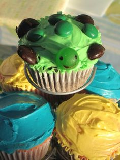 How Cute & Yummy Are These ??Turtle Buttercream Vanilla Cake Batter Cupcakes Recipe