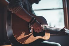 Here are 50 hobbies for men that can improve your life! This list of hobbies for men is perfect for every single adult man! Best Hobbies For Men, Hobbies For Adults, Hobbies To Try, Marketing Musical, Acoustic Guitar Photography, Musician Photography, Focus Photography, Guitar Photos, Ukelele