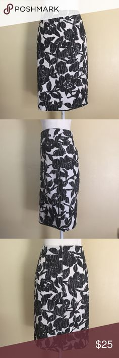 "Ann Taylor Skirt - 16 Ann Taylor white skirt with blue floral detailing.  Skirt is fully lined.  Detailing also has small specks of black.  Skirt was only worn once.  It has no stains, tears or snags.  Approximate measurements laying flat: waist 19"", and length 23"".   ✅Reasonable offers accepted ✅Bundle for discount 🚫No low-ball offers 🚫No trades Ann Taylor Skirts Midi"