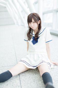 楠 ろあ 援交ビッチ Cute Japanese Girl, Japanese High School, Japanese School Uniform, School Girl Japan, High School Girls, School Uniform Girls, Girls Uniforms, Japan Girl, College Girls