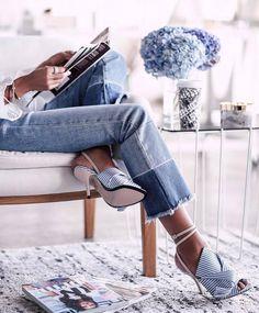 いいね!7,333件、コメント30件 ― F A S H I O N  F R I Q U Eさん(@fashionfrique)のInstagramアカウント: 「Jeans 4ever 💙 Picture vivaluxuryblog®」