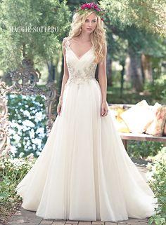 Large View of the Shelby Bridal Gown