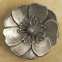 Anne at Home 2233 Small Lotus Flower Knob