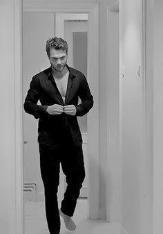 Turkish Men, Turkish Actors, Cool Music Videos, Good Music, Hot Actors, Actors & Actresses, Richard Madden, Daddy Aesthetic, Tv Couples