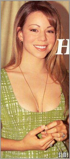 Mariah Carey Music, Mariah Carey 1990, Mariah Carey Photos, Beautiful Voice, Most Beautiful Women, Pop Rocks, American Singers, Record Producer, Pop Music