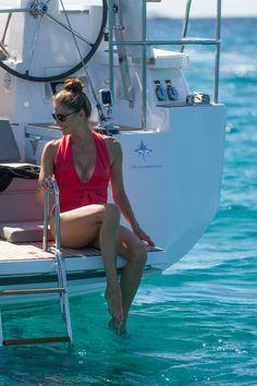 Experience A Charter Boat Boat Fashion, Nautical Fashion, Catamaran, Boat Girl, Sailing Holidays, Cruise Holidays, Sailing Cruises, Charter Boat, Yacht Boat