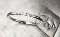 Diamant-Ring Ehering 8 ebnen Set Diamond Ring von ChincharMaloney