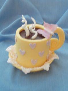 Yellow teacup mini cake