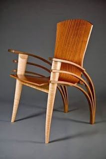 "Cadeira ""Trimerous Chair"" - Designer: Seth Rolland"