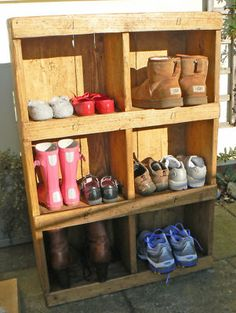 Elegant Nice Shoe Storage Idea.